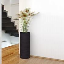 Vaso moderno / in polietilene / luminoso