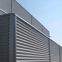 Rivestimento di facciata in lamiera / in metallo / ondulato / in pannelli