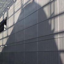 Rivestimento di facciata in alluminio / in acciaio / perforato / in pannelli