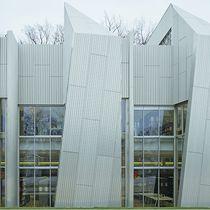 Rivestimento di facciata in alluminio / in acciaio / in lamiera grecata / in pannelli