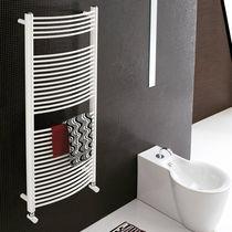 Radiatore scaldasalviette ad acqua calda / elettrico / in acciaio / cromato