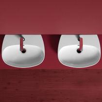 Lavabo sospeso / ovale / moderno