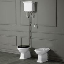 WC da appoggio / in ceramica / con sciacquone in alto