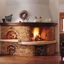 Rivestimento per camini classico / in pietra / in legno / con forno