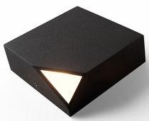 Applique moderna / in policarbonato / LED / quadrata