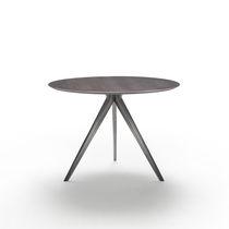 Tavolo da pranzo moderno / in legno laccato / in legno massiccio / in metallo