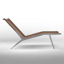 Chaise longue moderna / in pelle / in metallo / di Antonio Citterio