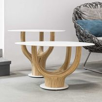 Tavolino basso moderno / in rattan / in acciaio / ovale