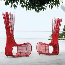 Sedia design originale / in rattan / in acciaio / in PVC
