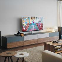 Mobile multimediale moderno / ad uso residenziale / in legno