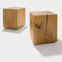 Tavolo d'appoggio moderno / in quercia / rettangolare / rotondo
