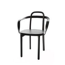 Sedia moderna / con braccioli / in quercia / in pelle