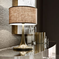 Lampada da tavolo / classica / in alluminio / in tessuto