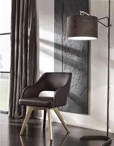 Lampada con piede / classica / in metallo / in tela