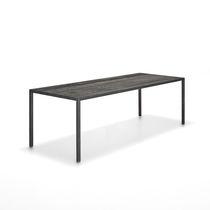 Tavolo moderno / in quercia / rettangolare / quadrato
