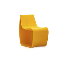 Sedia moderna / per bambini / in polietilene rotostampato / per uso contract