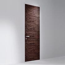 Porta da interni / battente / in legno / filomuro