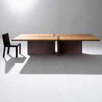 Tavolo moderno / in legno / rettangolare / quadrato