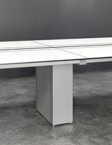 Tavolo da riunione moderno / in vetro / in laminato / rettangolare