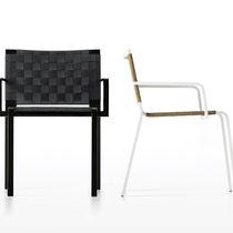 Sedia moderna / con braccioli / a slitta / in rete di poliestere
