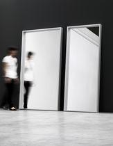 Specchio a muro / da terra / moderno / rettangolare