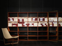 Scaffale moderno / in legno / di Piero Lissoni