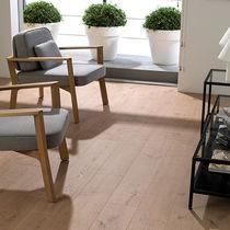 Pavimento laminato in HDF / per uso residenziale / a tre strip