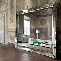 Specchio a muro / da terra / sospeso / moderno