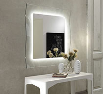 Specchio a muro / moderno / quadrato / luminoso