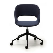 Sedia da ufficio moderna / imbottita / con rotelle / con base a stella