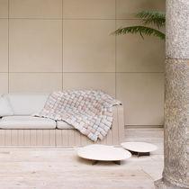 Tavolo d'appoggio moderno / in acciaio / in pietra / da giardino