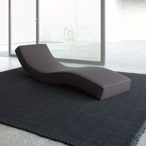 Chaise longue moderna / in tessuto / in poliestere