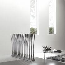 Radiatore ad acqua calda / orizzontale / in metallo / a parete