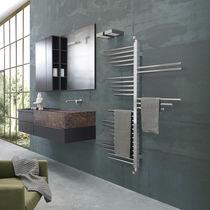 Radiatore scaldasalviette ad acqua calda / verticale / in metallo / a parete