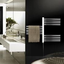 Radiatore scaldasalviette elettrico / verticale / in metallo / a parete
