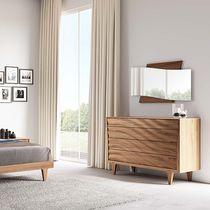 Cassettone moderno / in legno laccato / bianco / beige