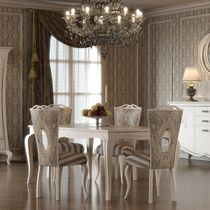 Sedia in stile / imbottita / in legno laccato / in tessuto