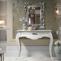 Consolle in stile / in legno laccato / bianca