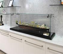 Vetrina moderna / da bancone / in legno / in vetro