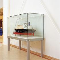 Vetrina moderna / da terra / in vetro / alluminio