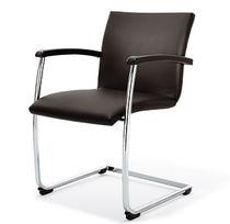Sedia da ufficio moderna / con braccioli / imbottita / impilabile