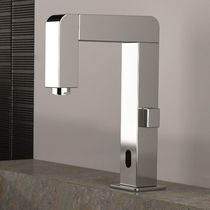 Miscelatore per lavabo / in ottone cromato / elettronico / temporizzato