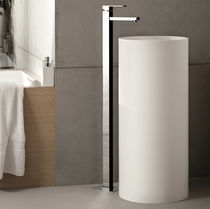 Miscelatore per lavabo / a pavimento / in ottone cromato / da bagno