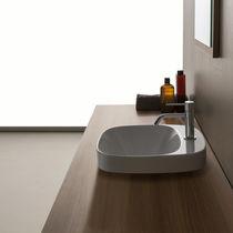 Lavabo da incasso / quadrato / in ceramica / moderno