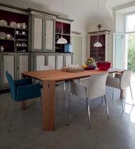 Sedia moderna / con braccioli / imbottita / con rivestimento rimovibile