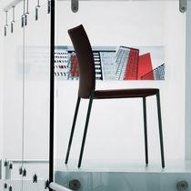 Sedia moderna / imbottita / impilabile / con rivestimento rimovibile