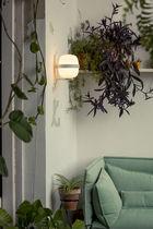 Applique moderna / in metallo / in vetro opalescente / LED