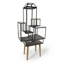 Vetrina design originale / a piede alto / in quercia / in vetro