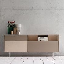 Credenza moderna / in legno laccato / in betulla