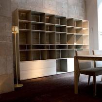 Scaffale moderno / in legno laccato